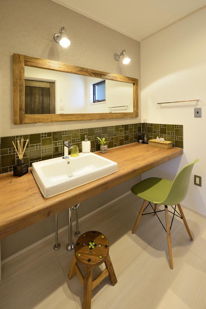 茨城県取手市T様 不二建設 洗面室 造作洗面台 CERA AICA 造作鏡 BOOMS