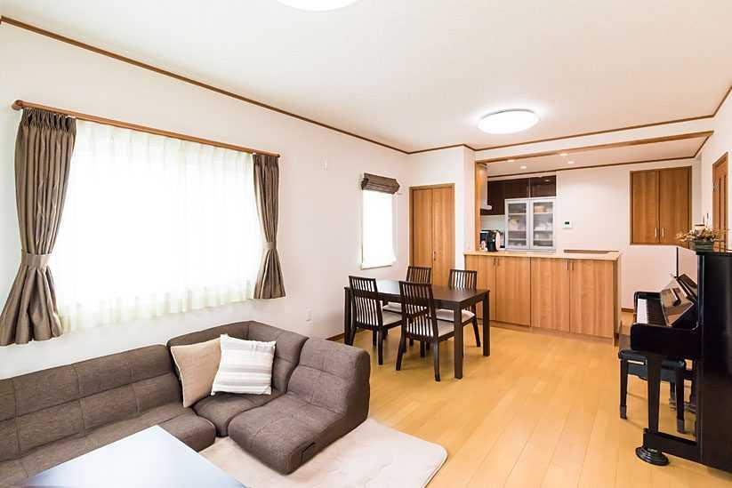 茨城県常総市I様 不二建設 高性能住宅 注文住宅 スキップフロア ガレージ リビング LDK 対面式キッチン