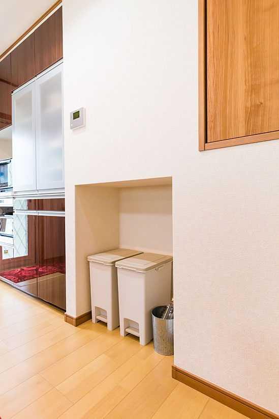 茨城県常総市I様 不二建設 高性能住宅 注文住宅 スキップフロア ガレージ キッチン ゴミスペース