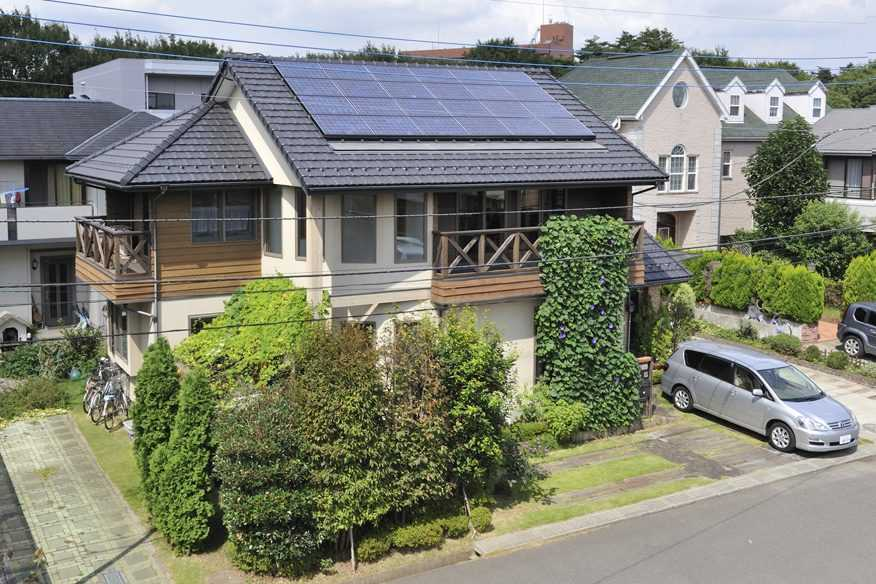 茨城県つくば市Y様 不二建設 パッシブハウス 太陽光発電 ソーラー ラップサイディング 塗り壁 外観 瓦 R壁 木サイディング