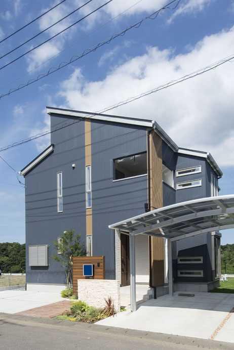 茨城県龍ケ崎市S様 不二建設 高性能住宅 注文住宅 カリフォルニアスタイル モダン 青い外壁 アクセント 門