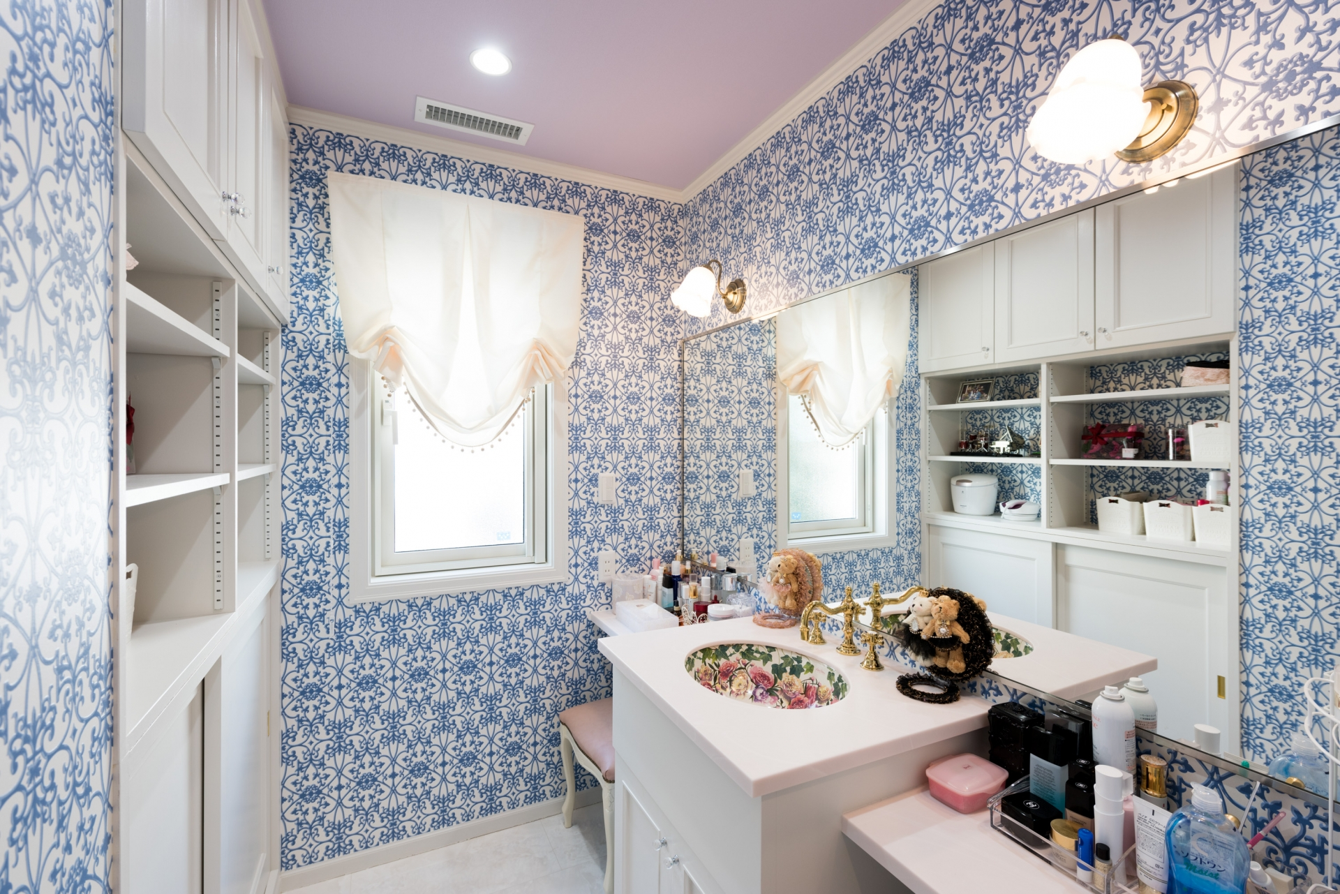 茨城県つくば市T様 不二建設 全館空調 洋風 イタリア家具 洗面化粧室 造作洗面化粧台 鏡 造作家具