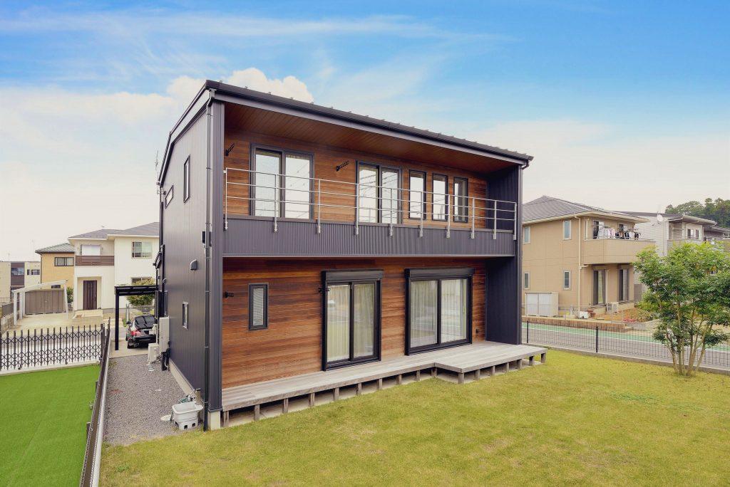 35坪の戸建ての外観 おしゃれでシンプルで暮らしやすい間取りを実現した実例