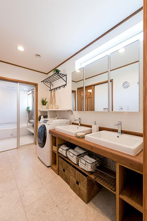 2人で使える洗面室
