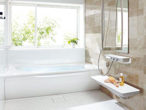 デザイン性も新しい気持ちのいい浴室~増改築リフォームで快適な暮らしに切り替える