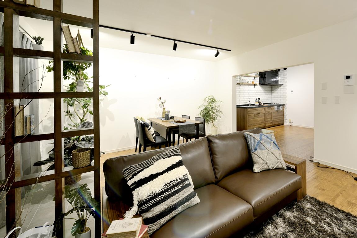 お好みの家具やファブリックで彩ったおしゃれなLDKレイアウト~大人モダンな新しい間取り