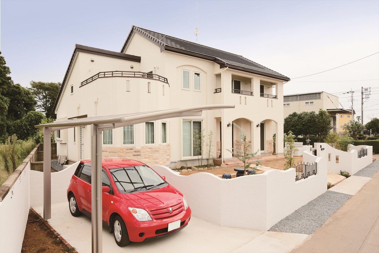 多面体リビングが特徴の二世帯住宅
